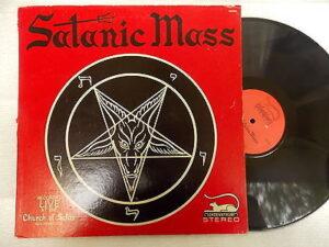 Vinyle d'une messe de l'Église de Satan